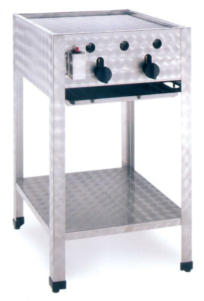 Gas-powered commercial outdoor grill, free-standing Unit, 2 Heating Coils